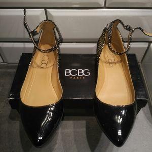 BCBG Paris Black / Metallic Flats